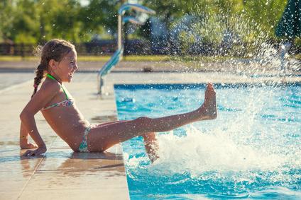 votre piscine est pour vous un lieu agrable conu pour vous dtendre en toute intimit cependant votre plaisir ne doit pas faire obstacle au bien tre de - Nuisances Sonores Piscine Voisinage
