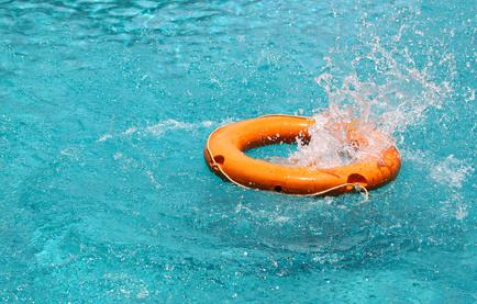 chute-piscine